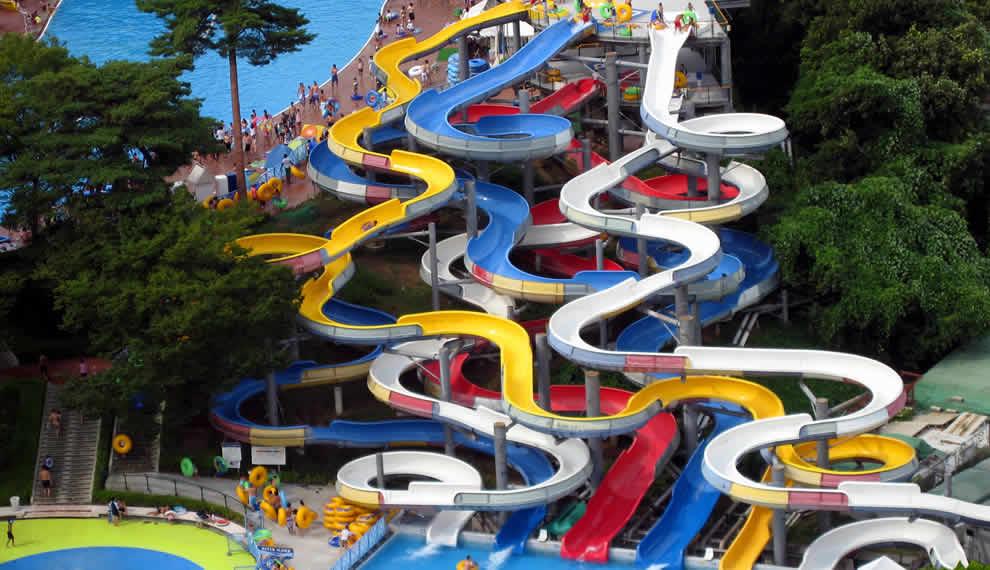 游乐场设备(水上滑梯)