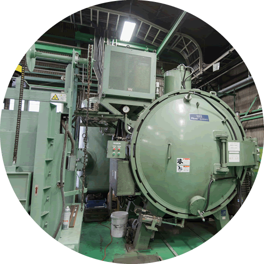 One-chamber type vacuum furnace suitable for heat treatment of molds, tools and small parts